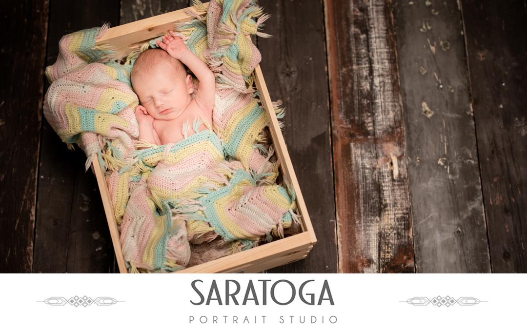 Isaiah's Holiday Infant Shoot